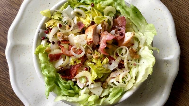 Caesar salad di pollo invernale