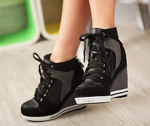 Ahmean, just look at these gorgeous heel sneakers of life and tell me this is not true love.