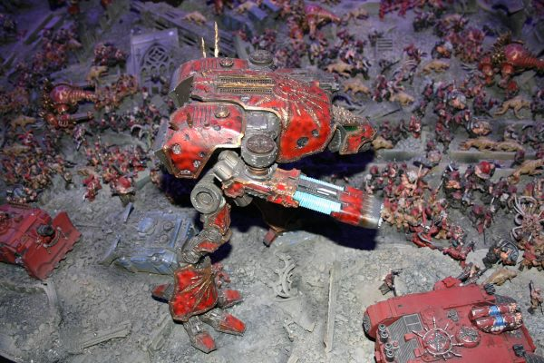 Forge World Chaos Warhound Titan