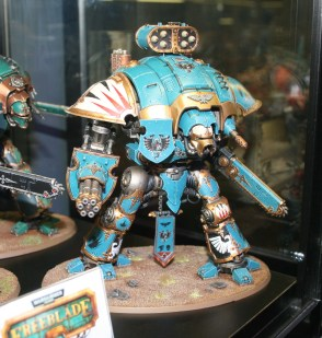An Imperial Knight Gallant on display at Warhammer World.