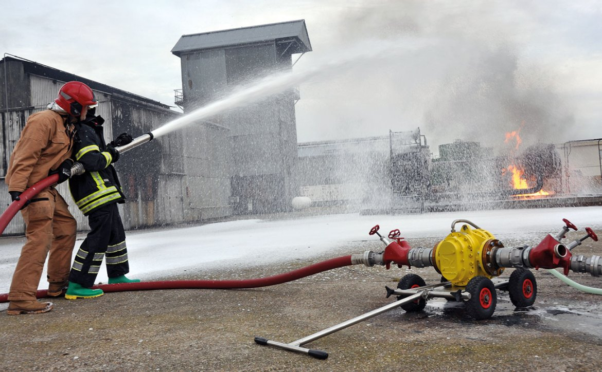 A demonstration of a turbinator pump in action.