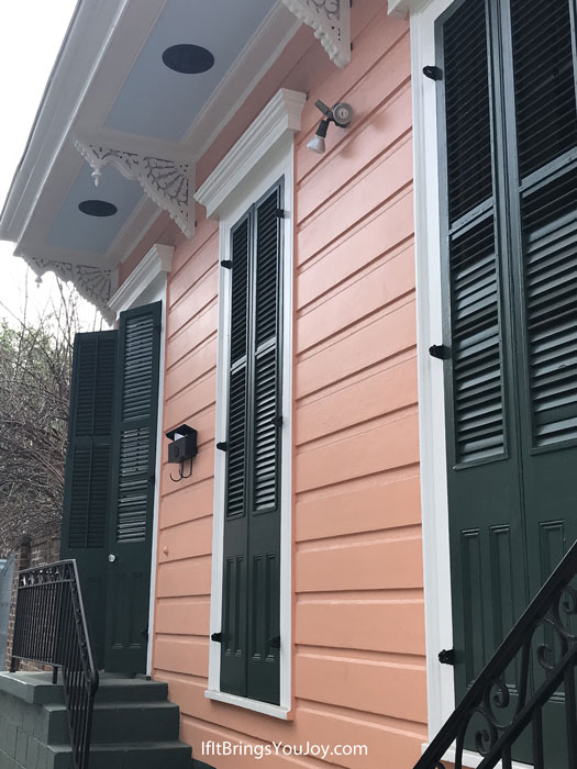 Eye candy paint color on New Orleans house