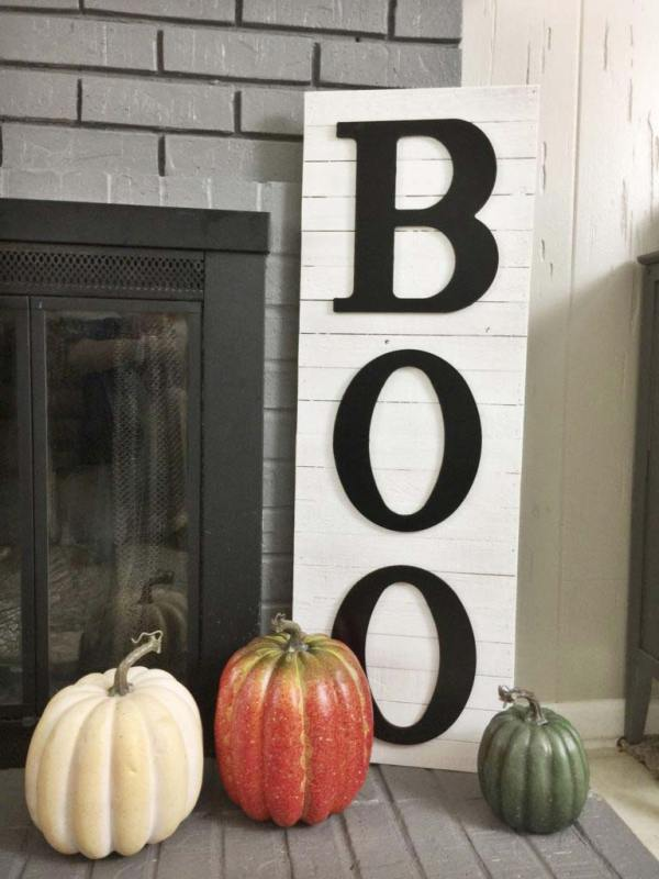 Halloween BOO wooden sign