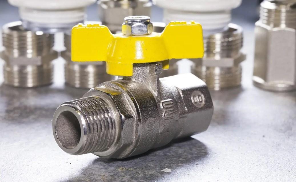 How do gas valves work?