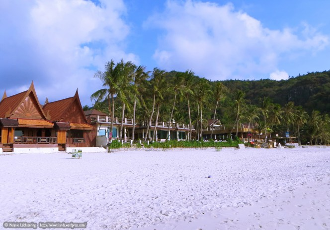 White, soft sand beach - Sunrise Beach - the largest and nicest on Koh Phangan