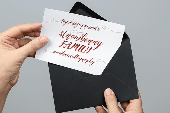 Strawberry Font Family