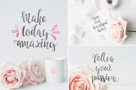 Caricia - handdrawn font