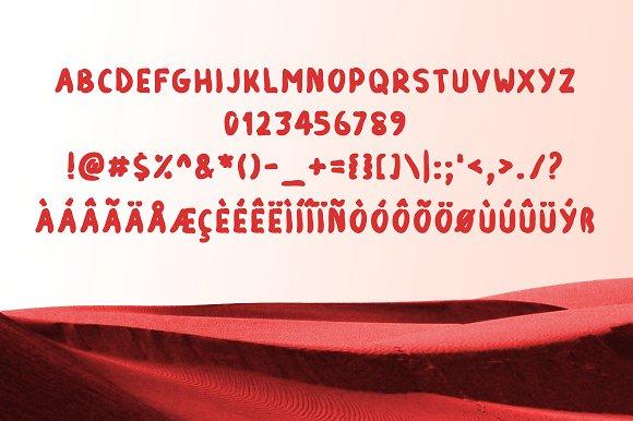Red Runner Typeface