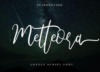 Metteora lovely Script Font