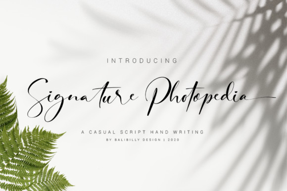 Signature Photopedia Font