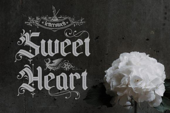 Black Valentine Font