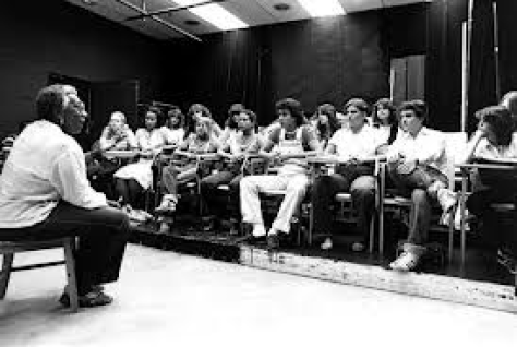 Actress and theatre director Vinnette Carroll talking to students at Miami-Dade Community College North Campus. (Photographed on July 9, 1980.)