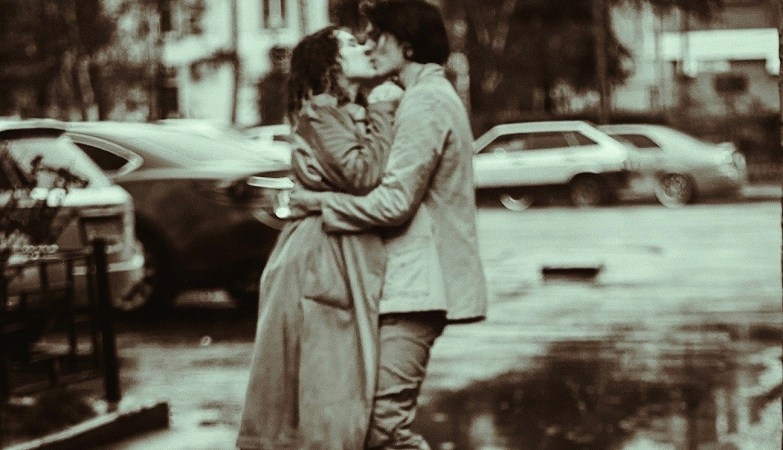days of my life man and woman kissing