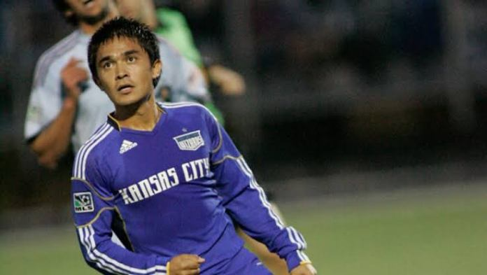 Sunil Chhetri- The Man you know, the Journey you don't images 100