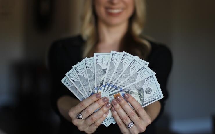 cash-smiling