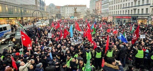 85.000 Menschen demonstrieren für Aleppo