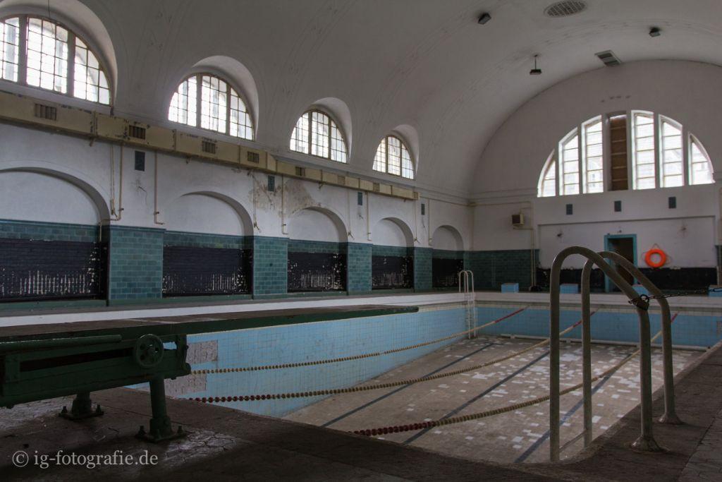 Fotolocation Berlin Wuensdorf Schwimmbad Lost Place