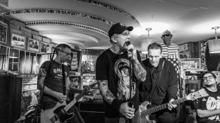 CJ-Ramone-live-Berlin-Plan-B