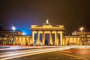 brandenburg-gate-golden-night