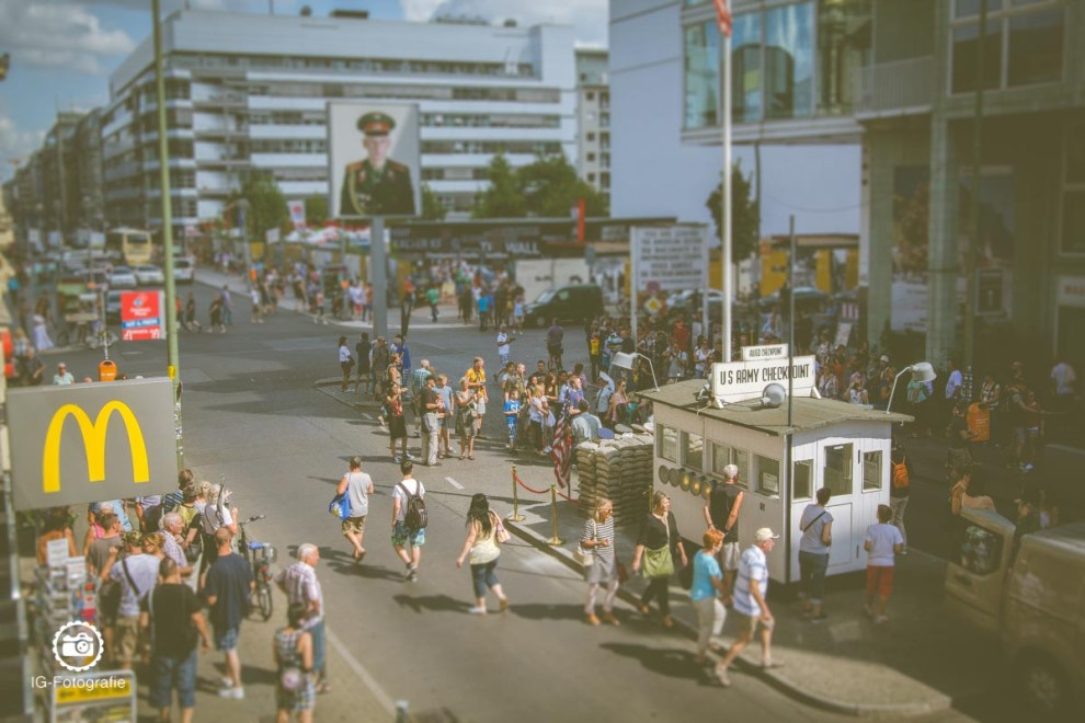 Berlin-Fotolocation-Checkpoint-Charlie-1