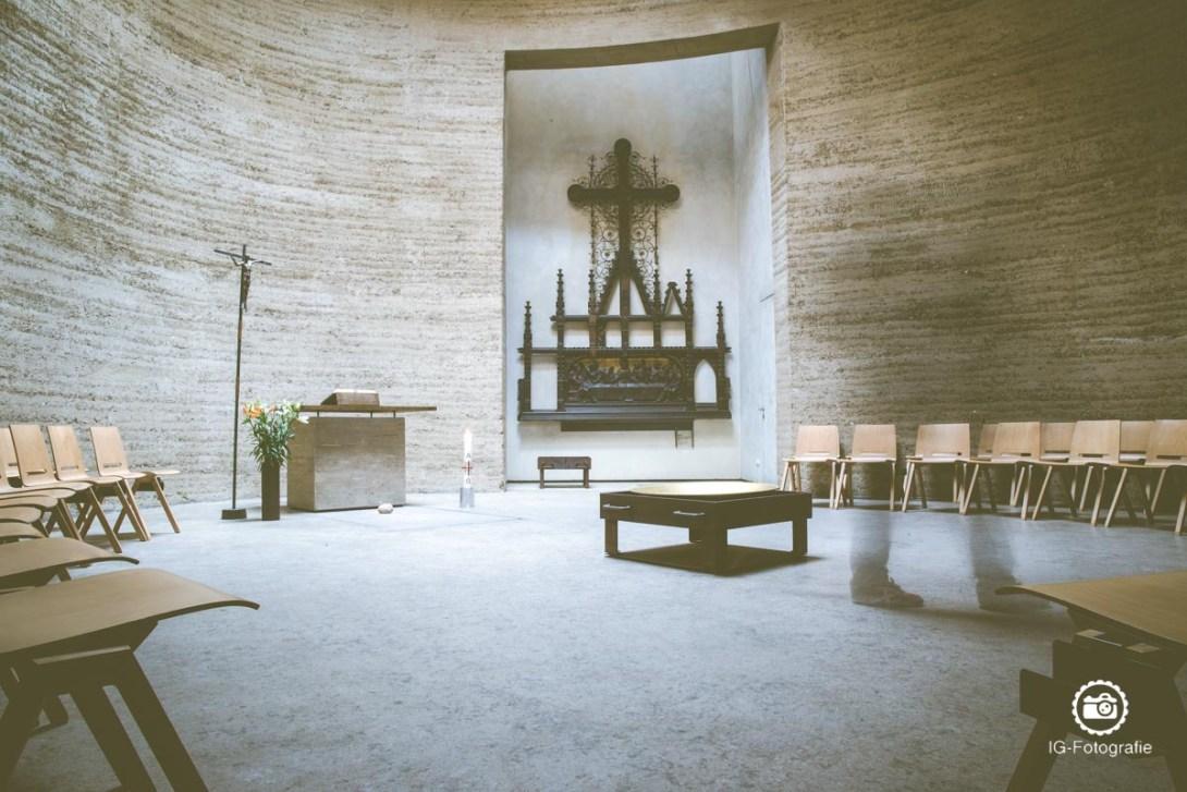 Berliner-Mauer-fotografiere-Kapelle-der-Versoehnung