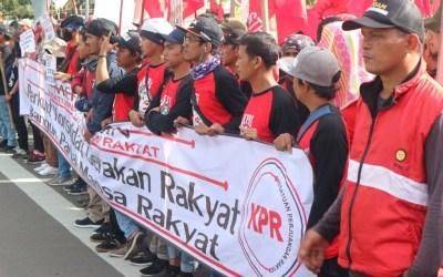 """Hari Buruh Internasional: """"Sekali Lagi, Buruh Tolak Omnibus Law & Tindakan PHK Di Tengah Pandemi"""""""