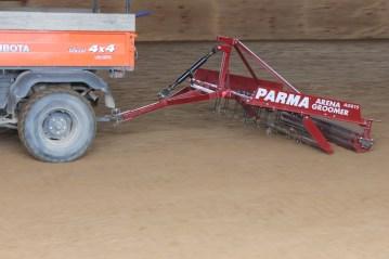 PARMA Arena groomer