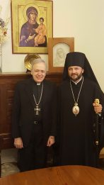 Monseñor Marino y monseñor Leonis