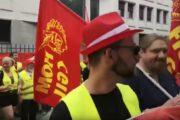 Gewerkschaftsdelegation aller italienischen Riva Werke demonstriert gemeinsam mit Metaller*innen in Mailand