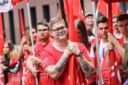 Tarifkonflikt bei Riva: Verhandlung geplatzt - Riva-Beschäftigte streiken weiter