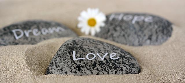 stones-2780171_640