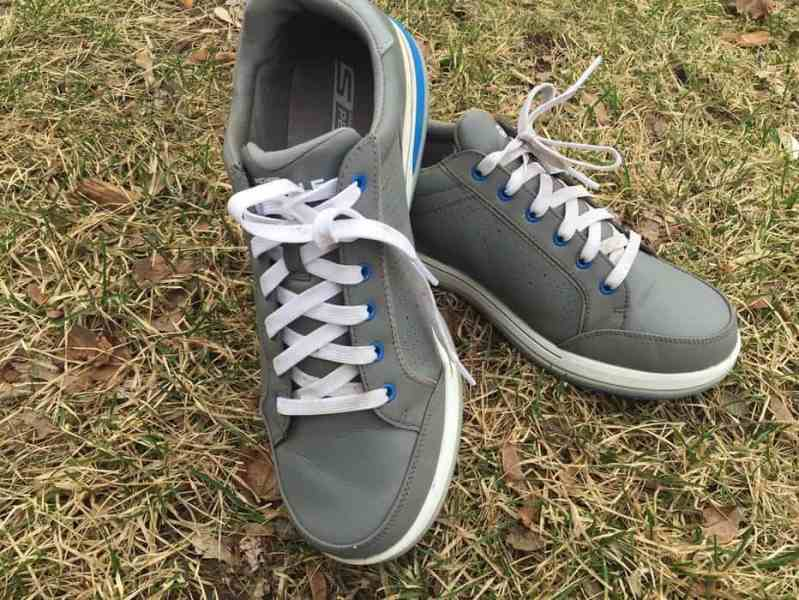 IGolfReviews   Skechers GO GOLF Drive 2 Shoes The Drive 2 golf shoe is a  spikeless  shoe that fall into a  street  shoe  look  The style is simple  but works well with golf pants  jeans or shorts