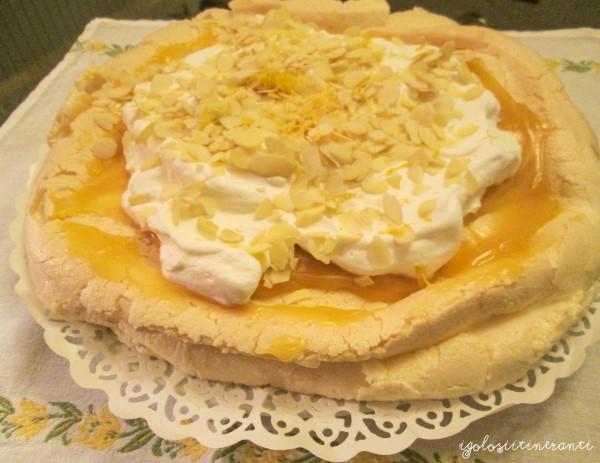 Una nuvola da mangiare: pavlova al lemon curd