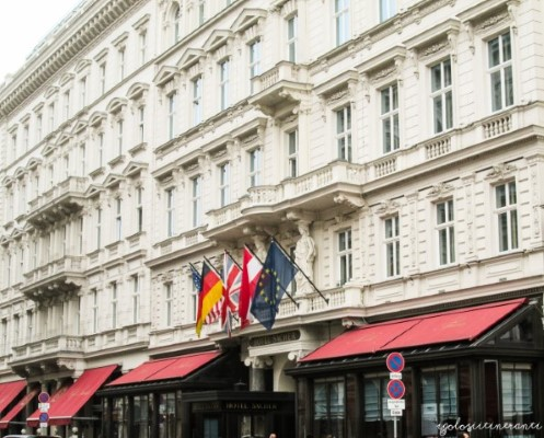 Hotel Sacher di Vienna visto da fuori