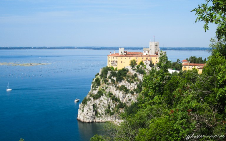 Tra mare e castelli: rilassarsi a Sistiana, Duino e Miramare