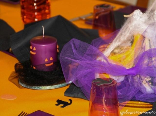 Tavola decorata per Halloween