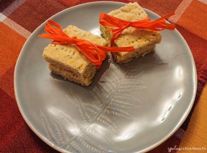 Shortbread all'arancia e semi di papavero