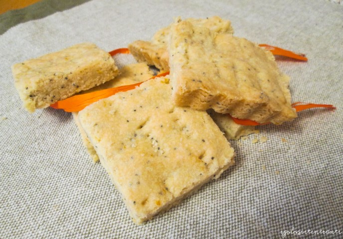 I miei biscotti preferiti: shortbread all'arancia e semi di papavero
