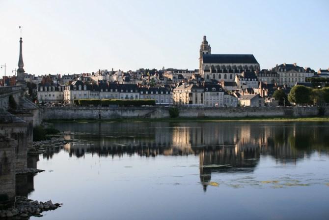 Blois vista dalla Loira