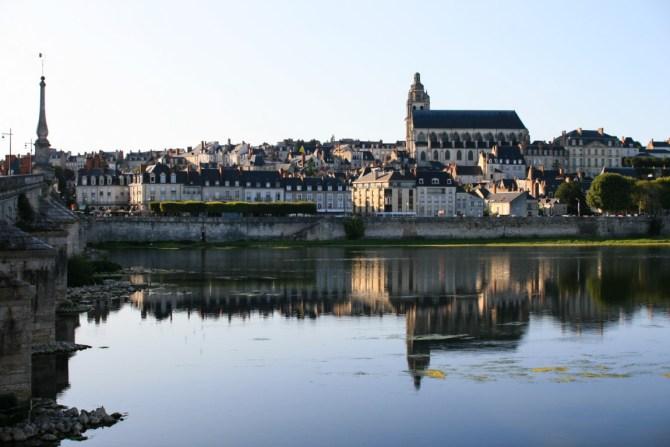 Blois, vista dalla Loira