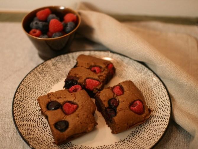 Brownies cioccolato fondente e frutti di bosco