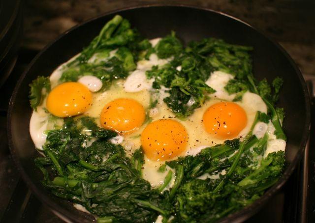 Padellino cime di rapa e uova