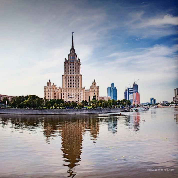 201108_Moskva2_30x30 copy