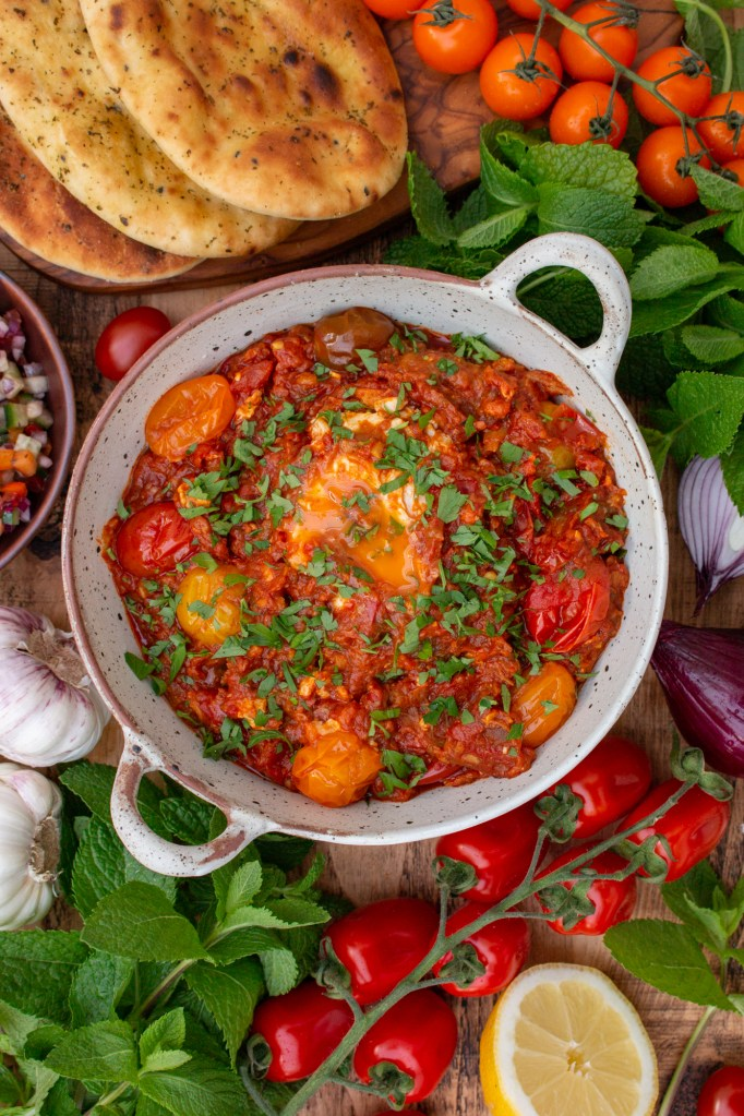 Mirza Ghasemi Recipe - Smokey Aubergine, Tomato and Egg Dip - Persian Recipes | igoritfommymaman.com #persianrecipes #persianfood