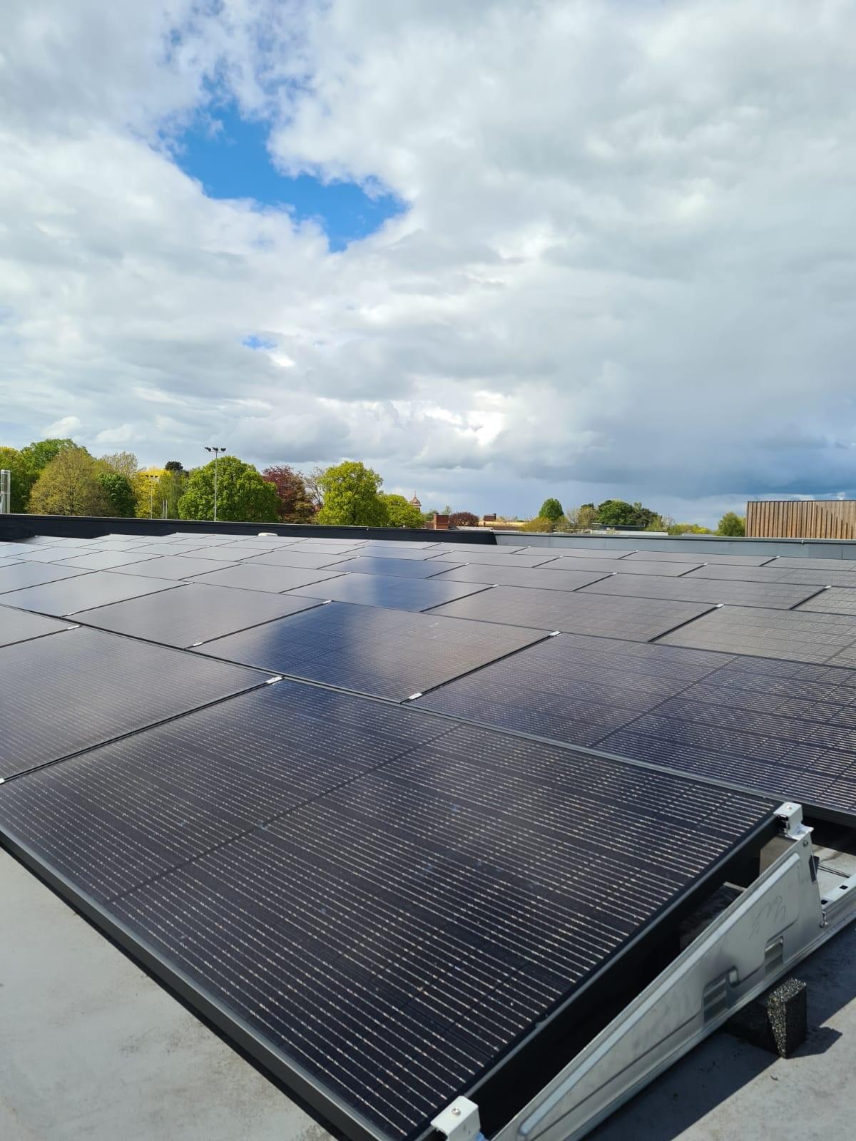 Reaseheath Vertical Farm Supported by Solar Power