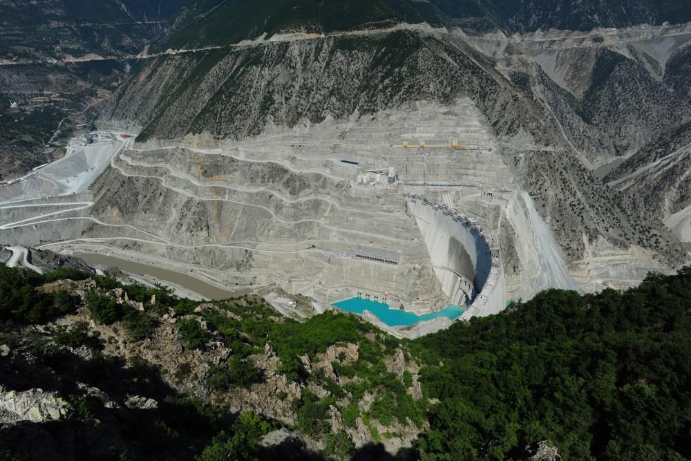 Deriner Barajı: 'Fiyaskonun Harikası'