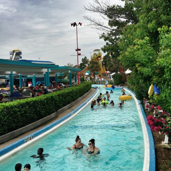 Six Flags Hurricane Harbor - Theme Park in North Arlington