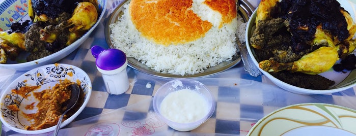 Khavar Khanoom Restaurant | رستوران خاور خانوم is one of رستورانهای مازندران.