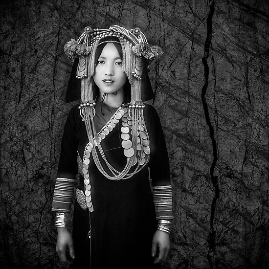 Product image link to buy 'Akha Hill Tribe Innocence' Photographic Print by Glen Allison