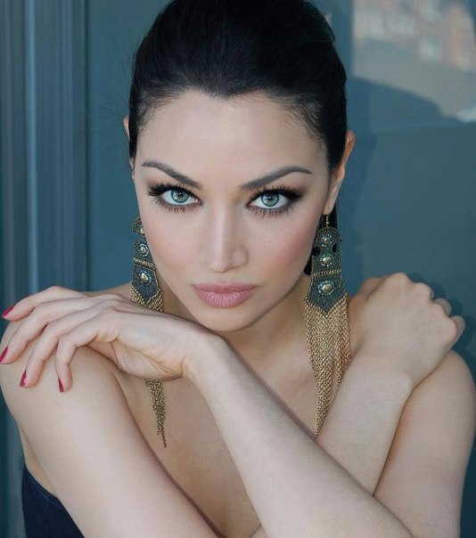 Клаудия Линкс, иранская актриса